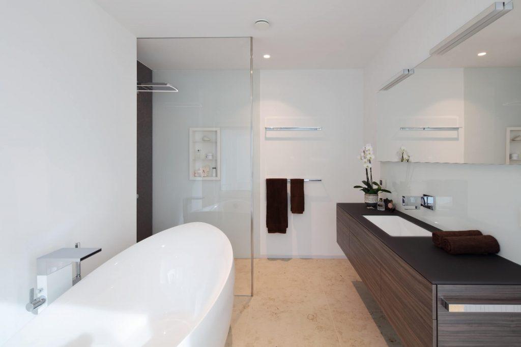 Glasdusche Glastrennwand Glas im Badezimmer Walk In Dusche