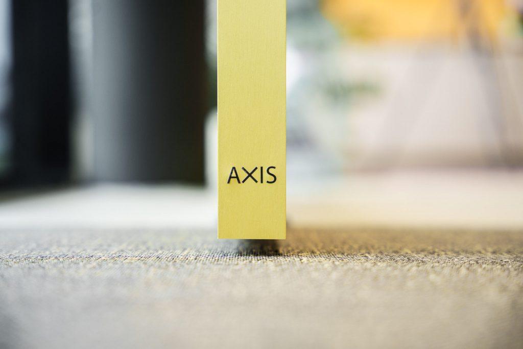 AXIS Pivot Tür Loft Tür Loft Stahl Tür Lofttür gold_6 1920